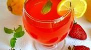 Sodalı Çilekli Limonata