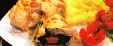 Ispanaklı Sosisli Tavuk Göğsü Sarması